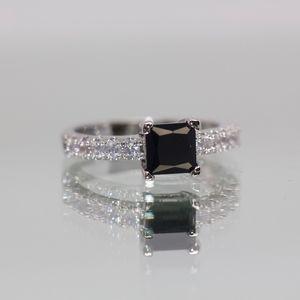 925S Black & White Topaz Gorgeous Engagement Ring